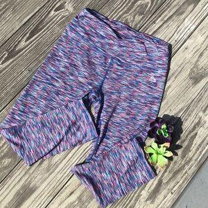 Women's purple work out cropped leggings size S